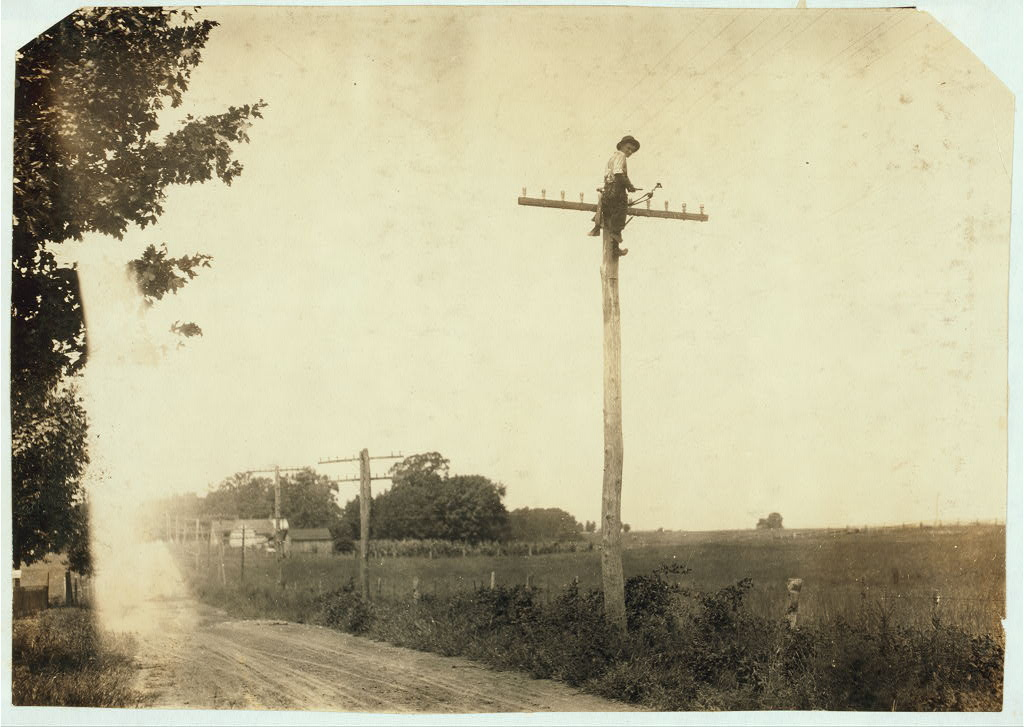 Telegraph lineman, Kentucky, Lewis Wickes Hine 1916