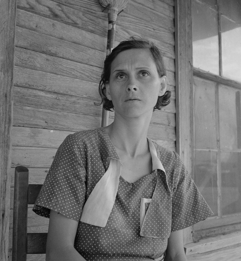 Woman on relief. Memphis, Texas by photographer Dorothea Lange June 1937