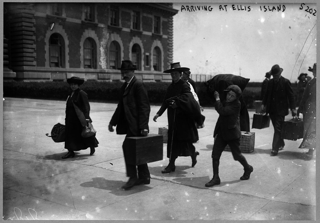 Arriving at Ellis Island 1907