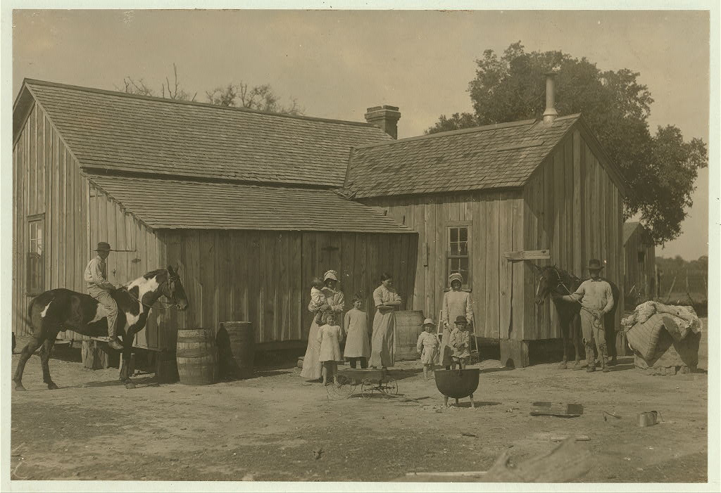 Lewis Wicke hine 1913 - Itinerant Texas farmers who rent a farm for a year or so and then move on