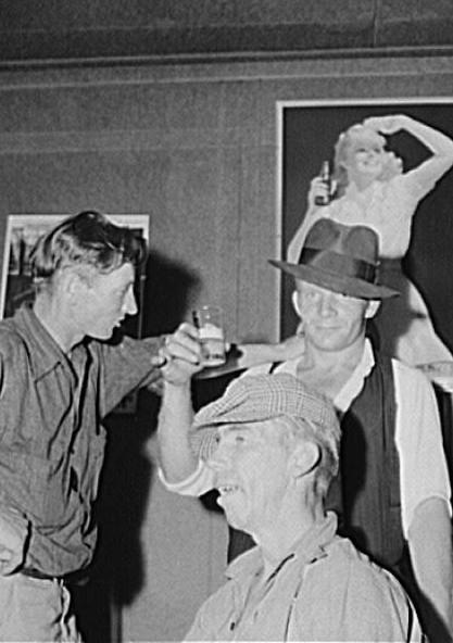 Men in beer parlor at Finnish settlement of Bruce Crossing, Michigan 1941 Vachon