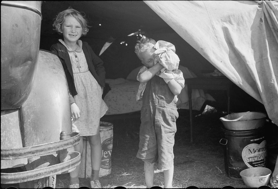 Migrant children, Berrien County, Michigan4 1940