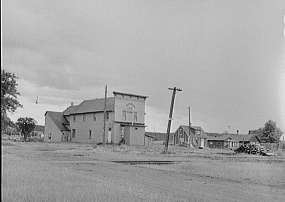 Sidnaw, Michigan. Upper penninsula lumber town John Vachon August 1941