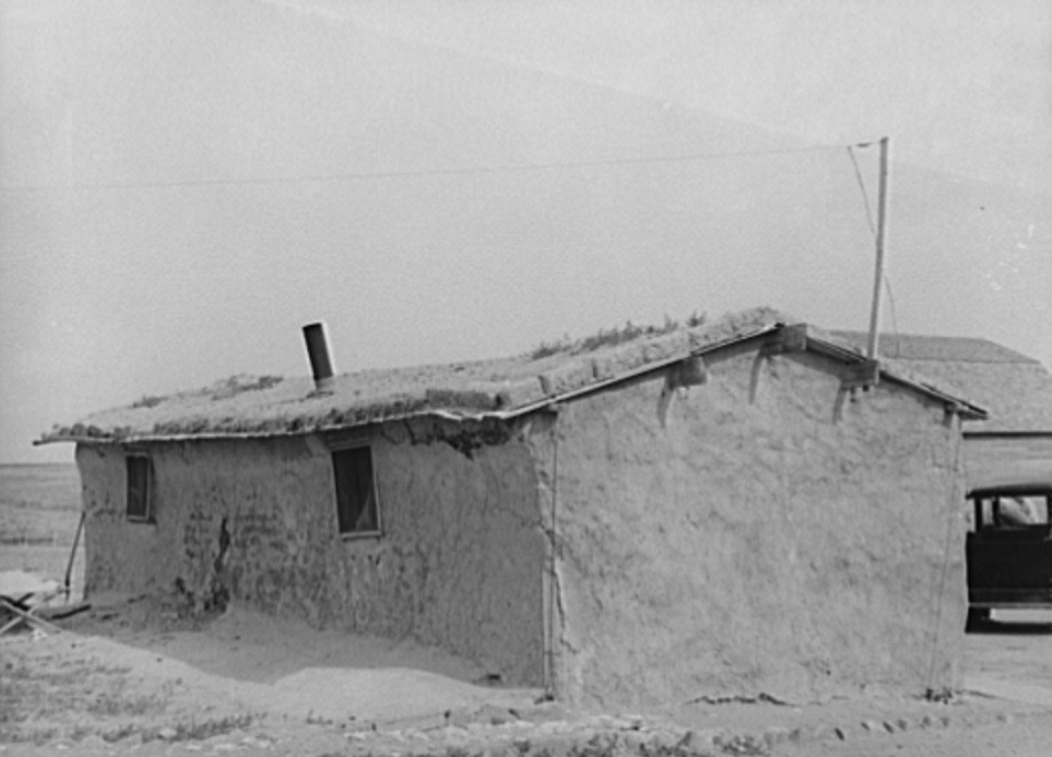 Sod house of the Schoenfeldts, FSA (Farm Security Administration) clients. Sheridan County, Kansas2
