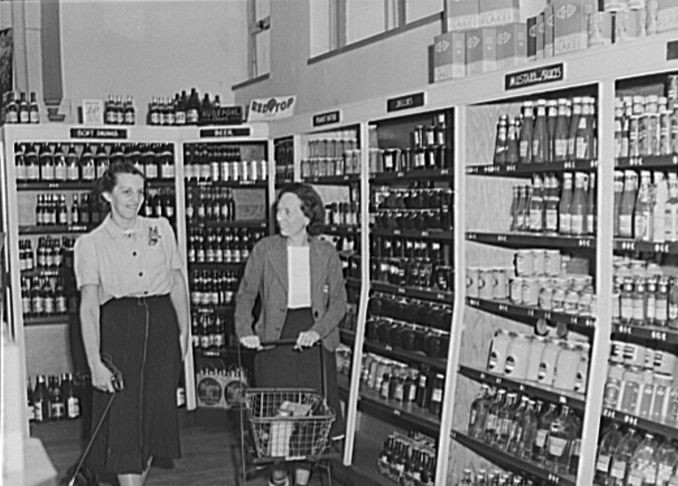 Cooperative store at Greenhills, Ohio October 1939 by photographer John Vachon