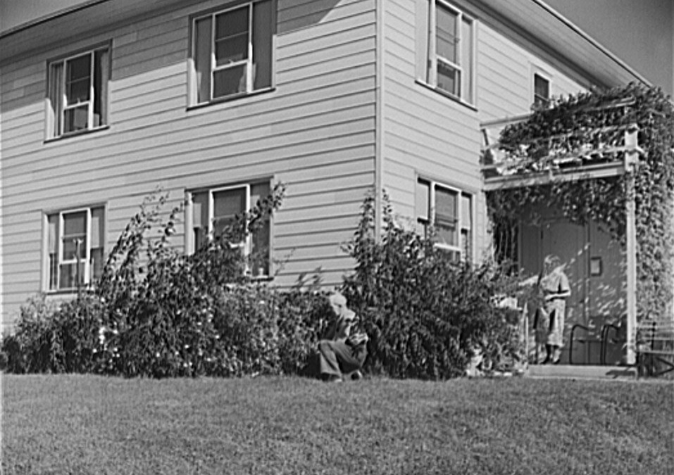 Greenhills, Ohio October 1939 by photographer John Vachon 10