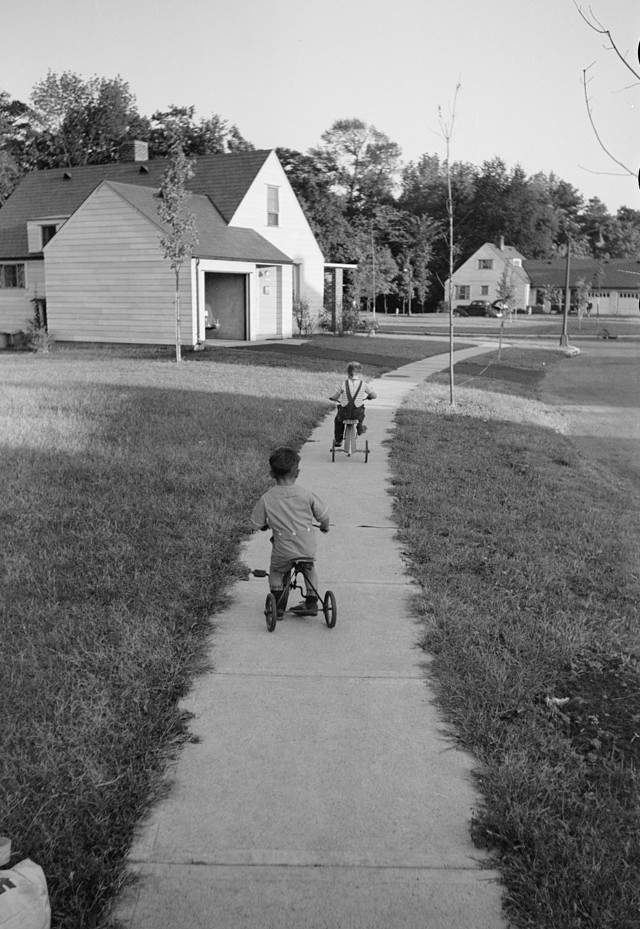 Greenhills, Ohio October 1939 by photographer John Vachon 6