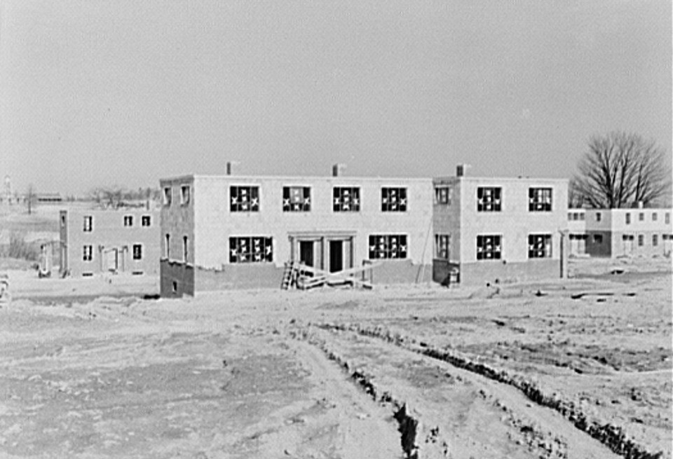 Houses under construction at the Greenhills project.2 Ohio feb 1937 russell lee
