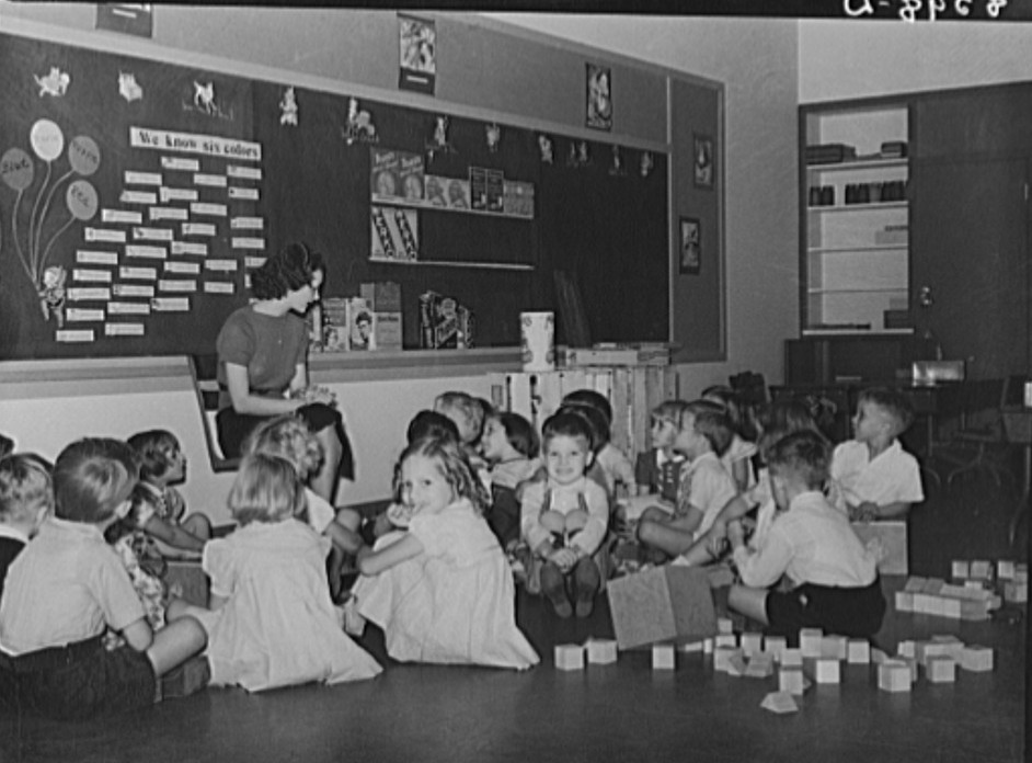 Kindergarten at Greenhills, Ohio October 1938, by photographer John Vachon