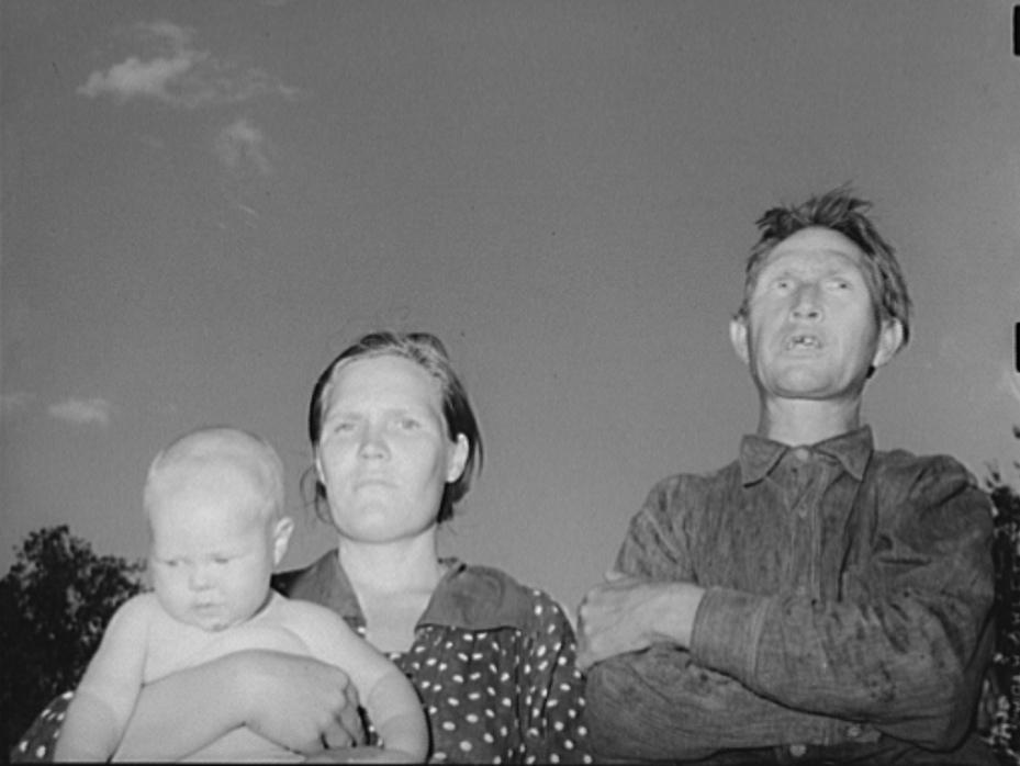 Couple with their firstborn. Community camp, Oklahoma City, Oklahoma. He did odd jobs. Has never farmed for himself or had a regular job