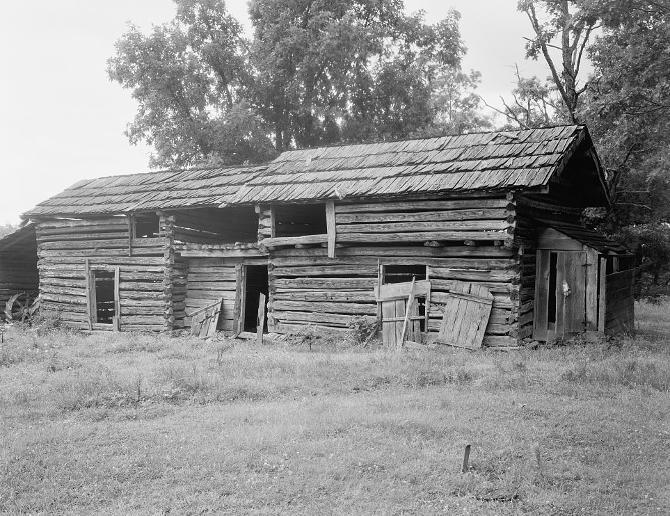 Old Log barn Wentworth, Rockingham County, NC by photographer Frances Benjamin Johnston 1938