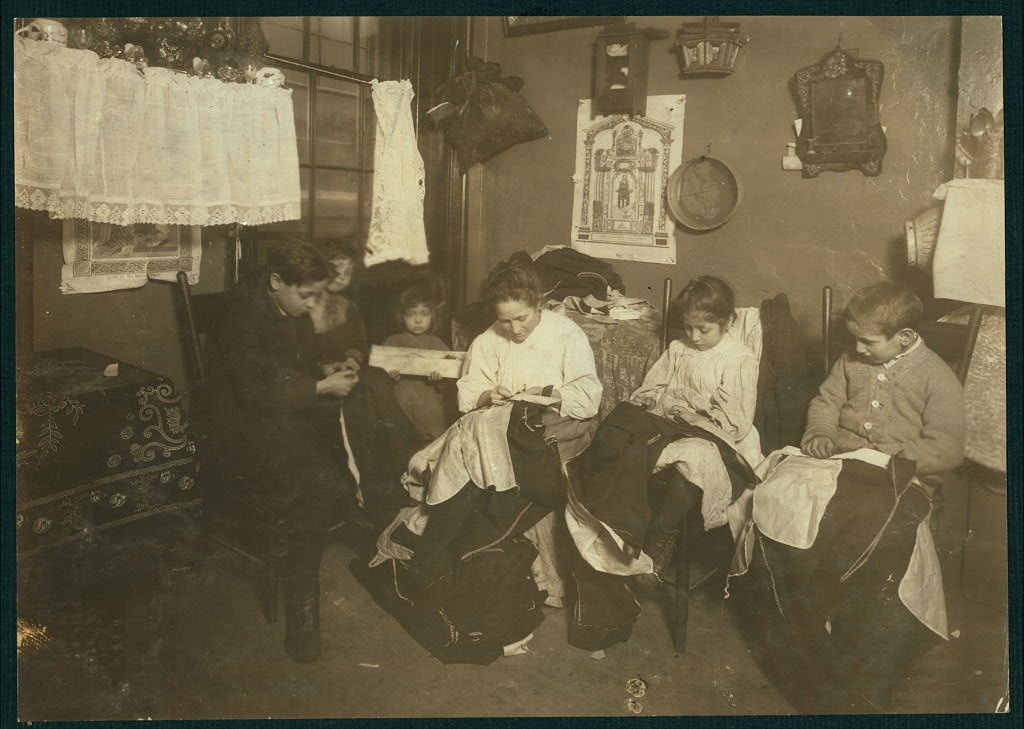 garment New York story 1 Family of Onofrio Cottone, 7 Extra Pl., N.Y. January 1913 - Lewis Wicke Hine