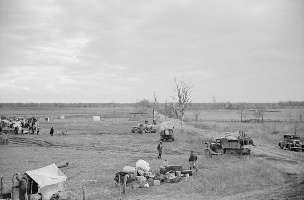 New Madrid spillway where evicted sharecroppers were moved from highway, New Madrid County, Missouri photographer Arthur Rothstein Jan. 1938