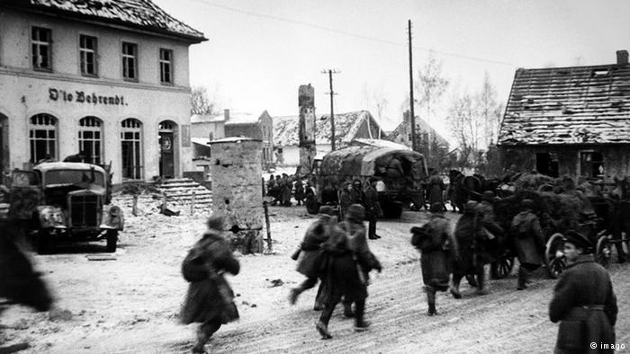 Germans fleeing