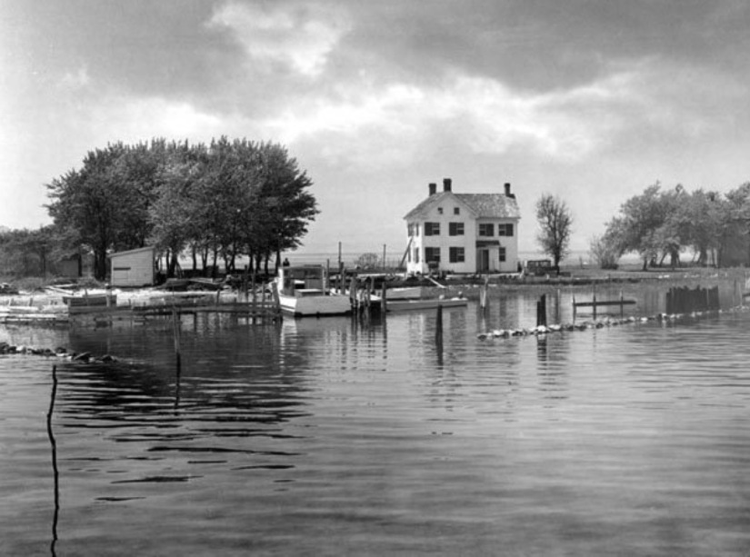 Holland Island October 18, 1953 (Sometimes interesting.com)