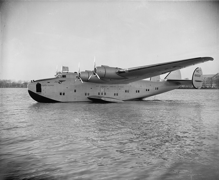 Yankee clipper 1939 (Library of Congress)